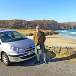 L G car above Cliof beach Uig